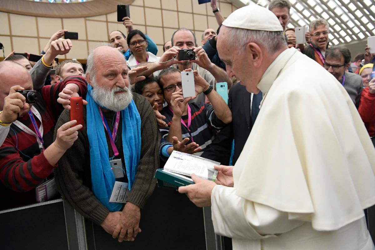 Christian Herwartz bei Papst Franziskus.